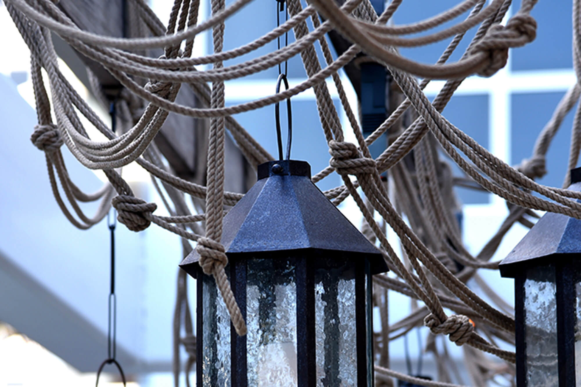 Sunbrella Rope adds visual interest to lanterns hanging outdoors