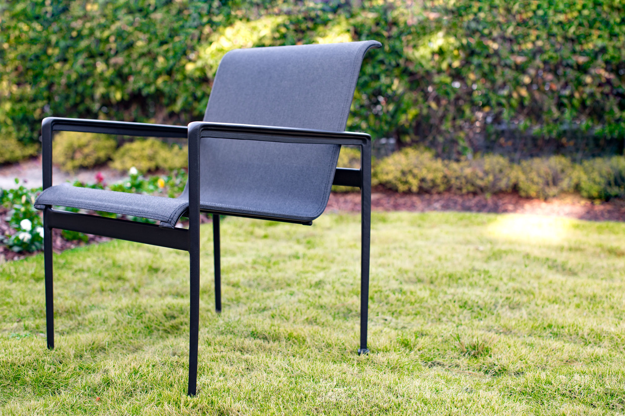 GALLERY_sling-chair-lawn_ALT