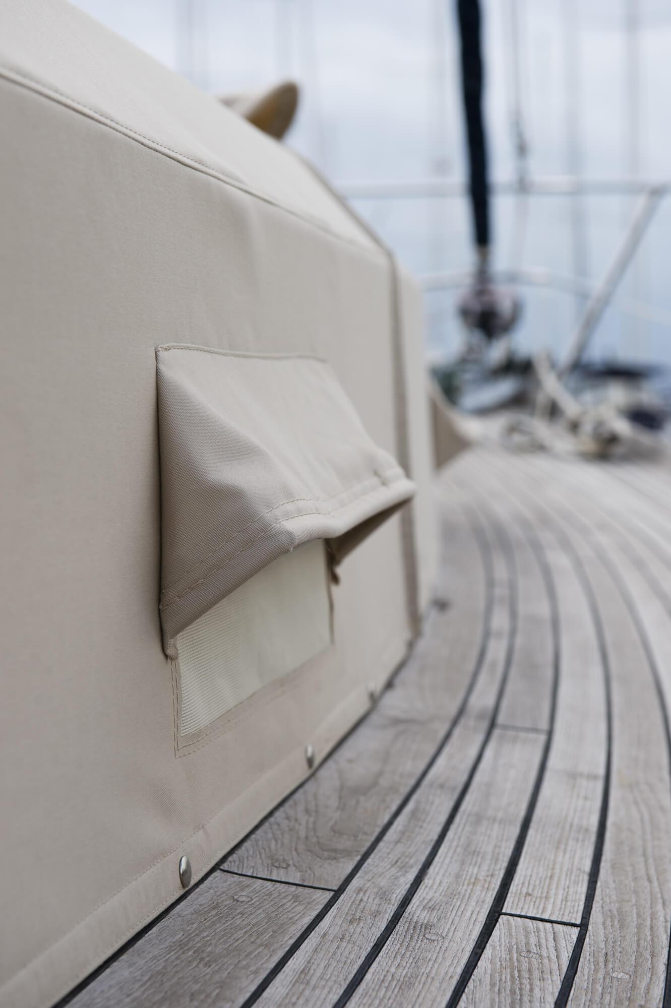 GALLERY_housse-bateau-sunbrella_ALT